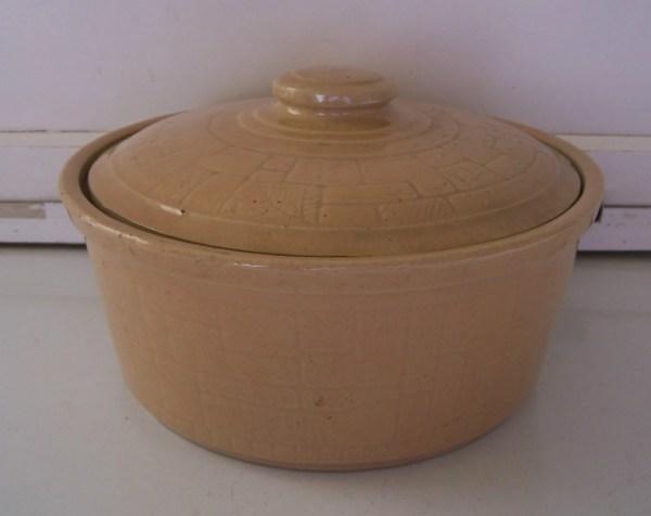 Vintage USA Stoneware Casserole Dish