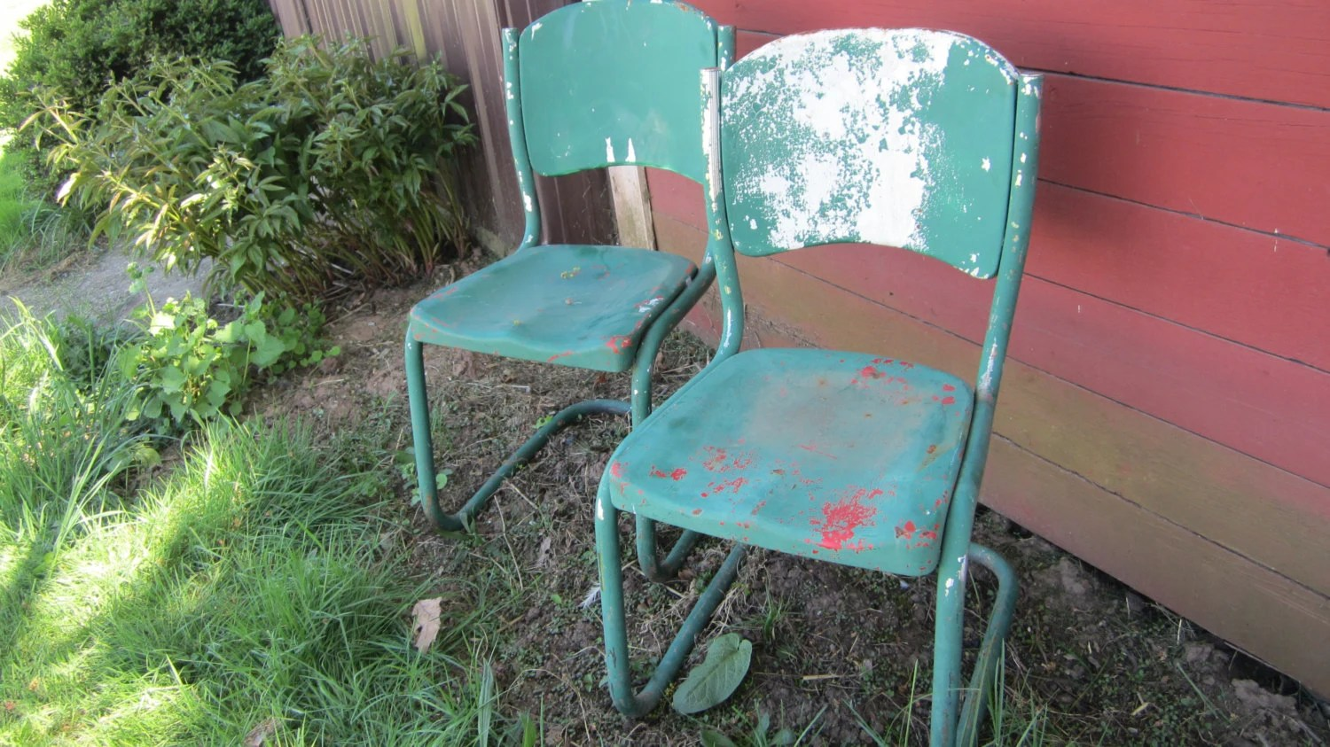 Items similar to 2 Vintage Old Time Metal Chairs Lawn