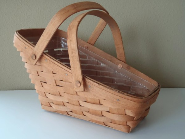 Longaberger Vegetable Basket With Plastic Lining And Handles