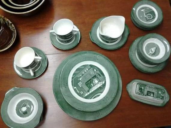 Vintage Colonial Homestead Royal China 36 pc Dish Set Green
