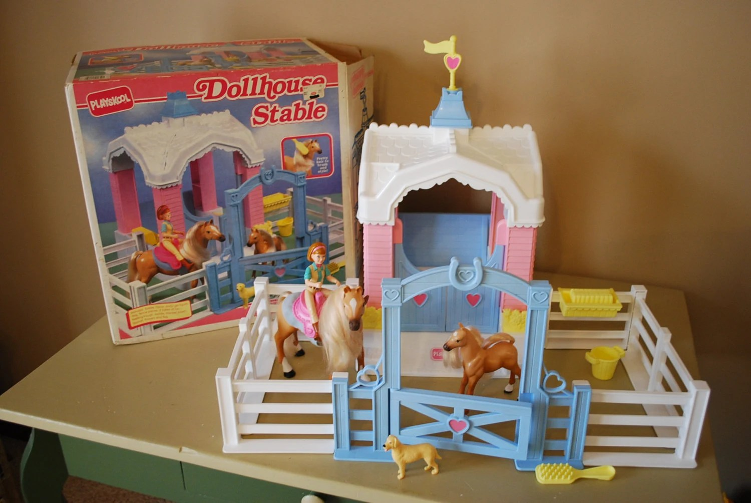 Vintage Playskool Playset Dollhouse