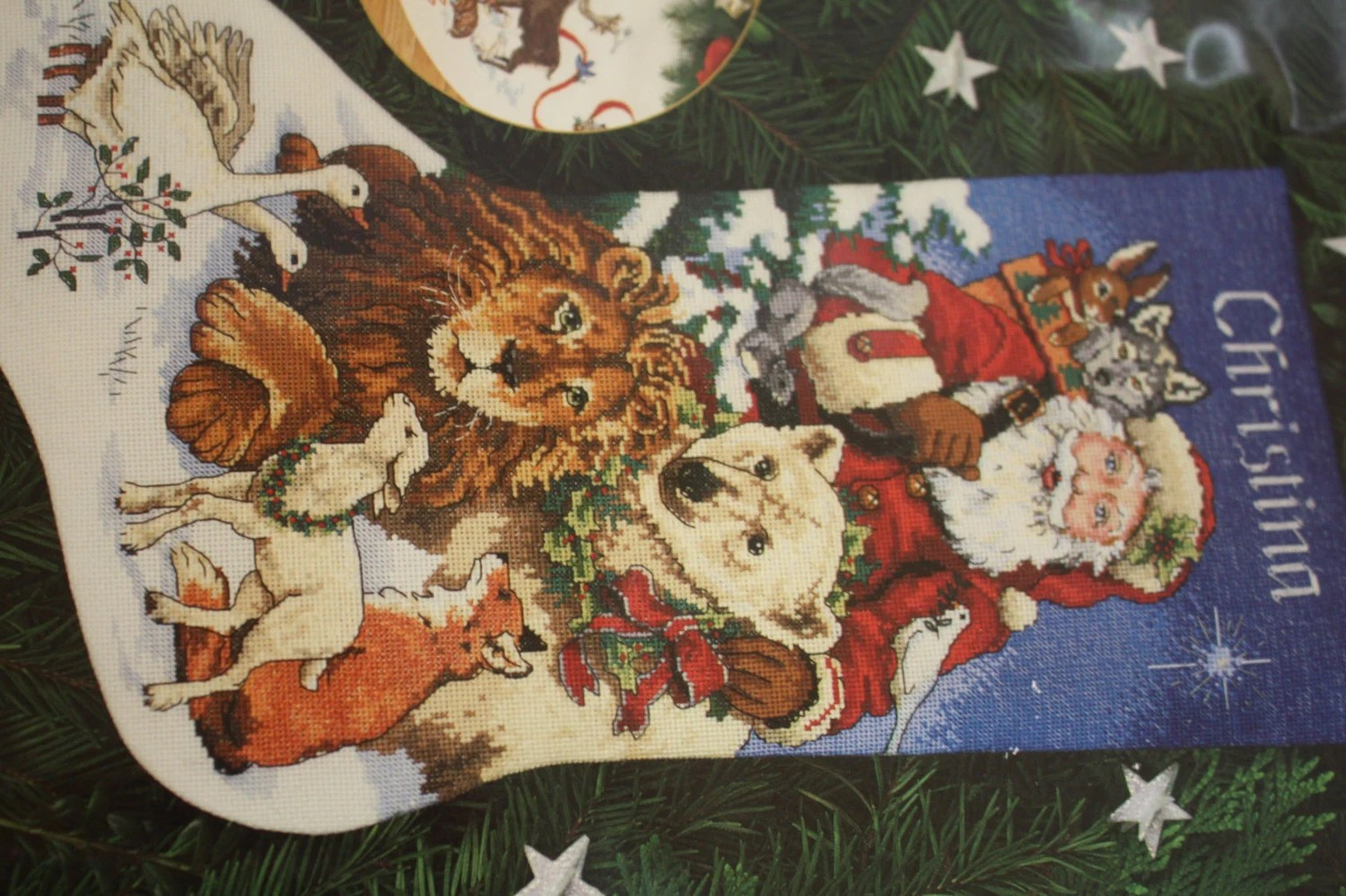 Dimensions Gold Collection Santas Wildlife By