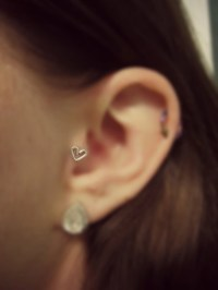 TRAGUS EARRINGS