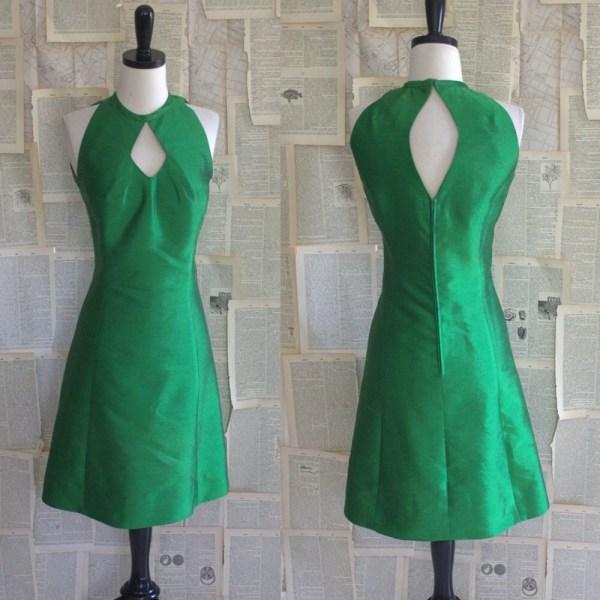 Vintage 1960s Dress 60s Raw Silk Emerald Green Key Hole
