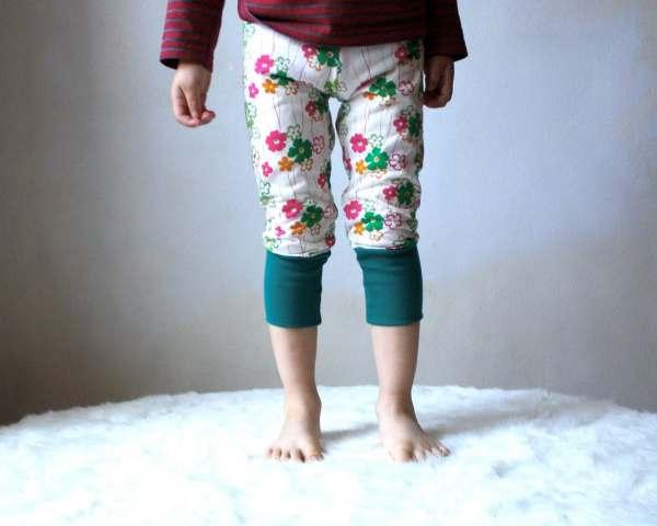 Moving Kids Yoga Leggings Pants White And Flowers