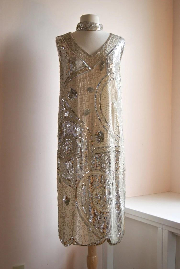 Vintage Beaded Flapper Dress // 20s Style Gatsby Dress