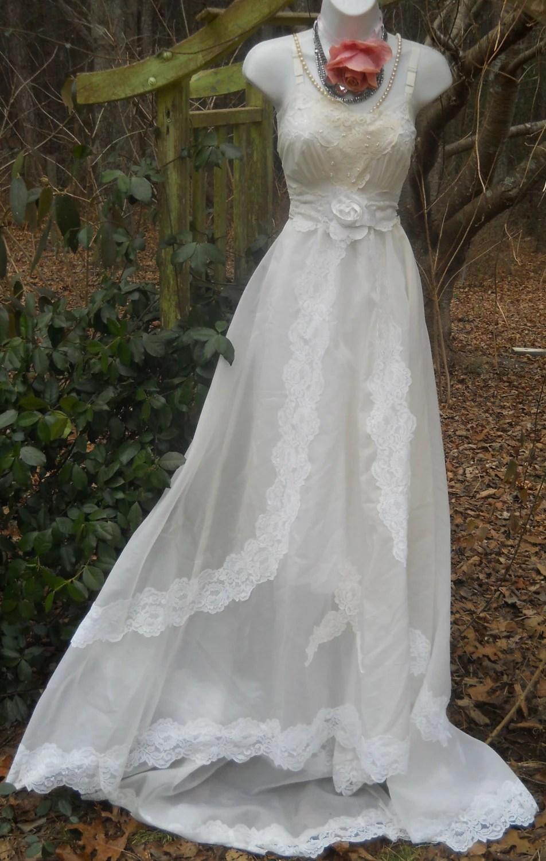 Cream Wedding Dress Vintage Lace Romantic Medium By Vintage