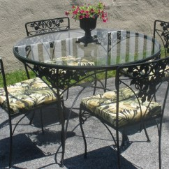 Wrought Iron Table And Chairs Burgundy Leather Accent Chair 4 Cushions Woodard Grapes