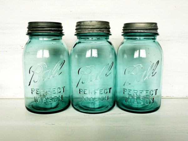 Quart Size Blue Ball Mason Jars Vintage And Natural Lids