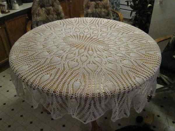 Handmade Crocheted White Oblong Pineapple Tablecloth