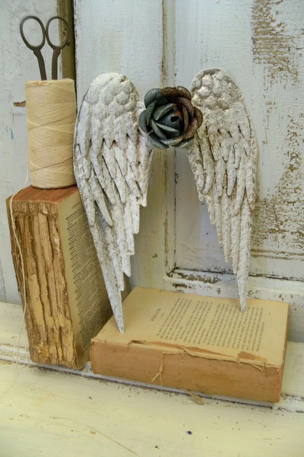 Metal Angel Wings Wall Sculpture Shabby Chic Rusty Rose
