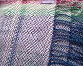Shawl  hand-woven white blue - handloomart