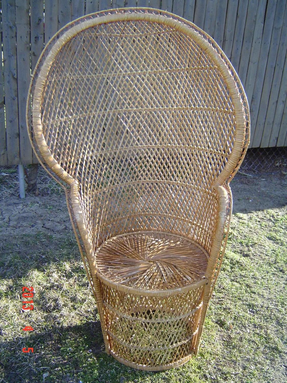 High Back Wicker Rattan Chair Peacock Fan Back LOCAL PICKUP