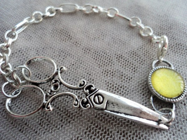 Sunshine Hair Stylist Scissor Charm Bracelet