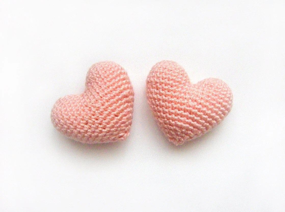Amigurumi Crochet Pinkish Orange Heart (Set of 2) - naryatoys