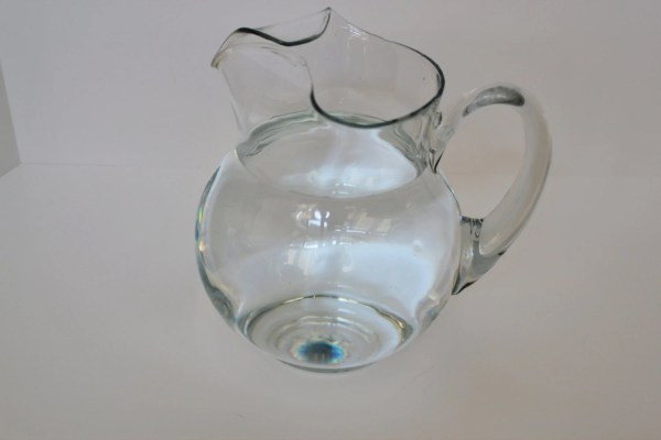 Vntage Kool-aid Style Clear Glass Pitcher