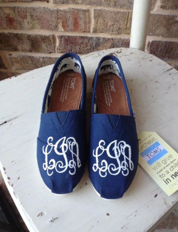 monogrammed toms shoes