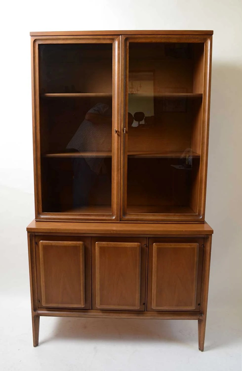 eames arm chair comfortable chairs for bedrooms broyhill forward 70 china cabinet walnut mid century modern