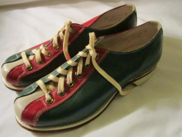 Vintage Brunswick Bowling Shoes Hipster Retro Women'