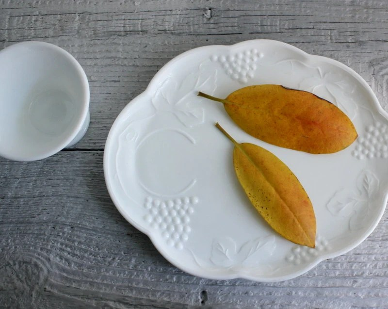 Vintage Milk Glass Snack Plates and Cups - Four - shavingkitsuppplies