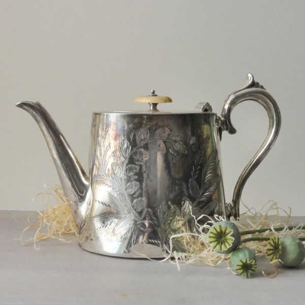 Vintage Silver Plate Teapot England