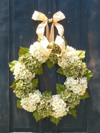 15 best spring wreaths a blissful nest. how i hang wreaths ...