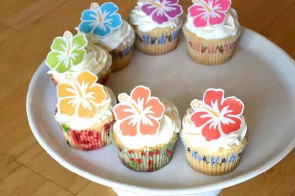 Edible Hawaiian Tropical Hibiscus Flowers Cake & Cupcake