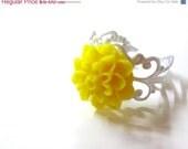 HALF OFF Bright Yellow Chrysanthemum Flower Ring - Glamour365
