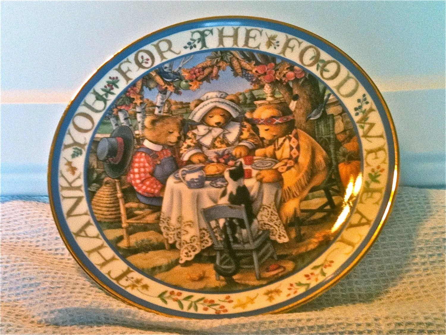 Royal Doulton Thankful Teddies Collectible plate epsteam dianehills - DianeHills