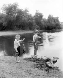 Vintage 1905 Barefoot Boys Catch Fish In Pixelhistory
