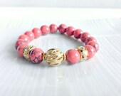 bead stretch bracelet - gemstone beaded bracelet - beaded bracelet - stretch bracelet - gold and coral - stackable - cbijicollection