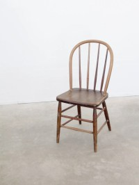 vintage spindle back chair / wood dining chair