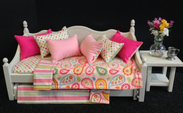 Ready Ship. Pink Paisley Daybed Trundle 18 In American