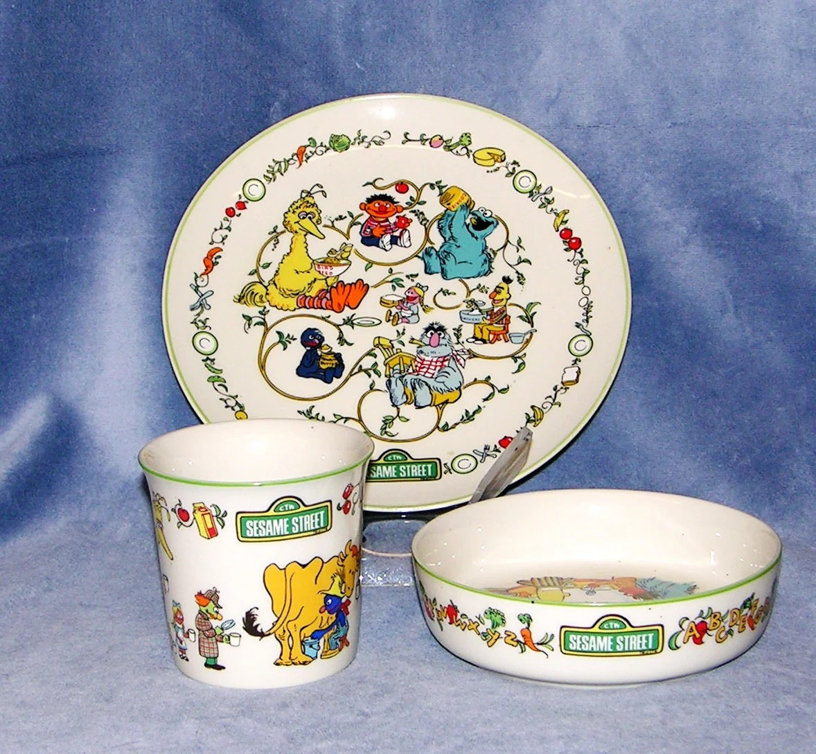 Sesame Street Three Piece dinnerware set by by