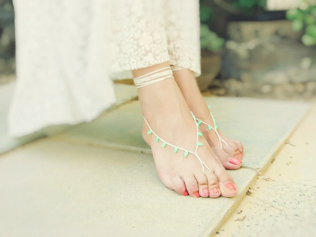 Mint cream bridal crochet barefoot sandals. Beach wedding - Mashacrochet