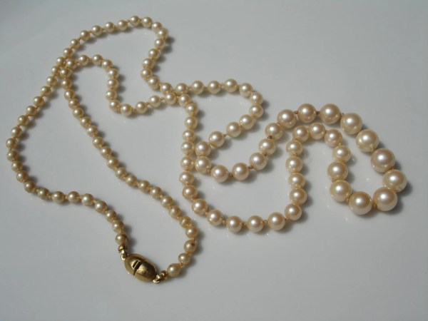 Long Vintage Monet Faux Pearl Knotted Necklace 28 Inches