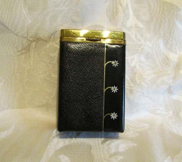 Vintage Cigarette Case Kings 100' And Regular Cigarettes