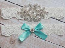 Impossibly cute blue wedding ideas - Bridebug