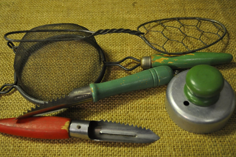 Retro Kitchen Gadgets Vintage Kitchen by SouthernSisAntiques