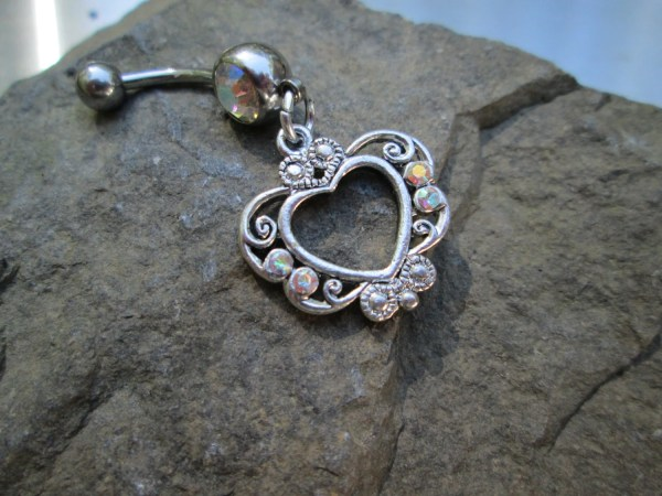 Body Jewelry Ab Stone With Heart Surrounded Crystals