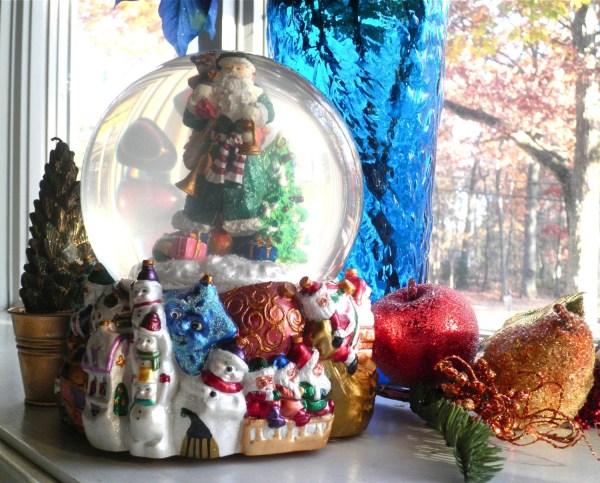 1980' Vintage Christopher Radko Santa Snow Globe