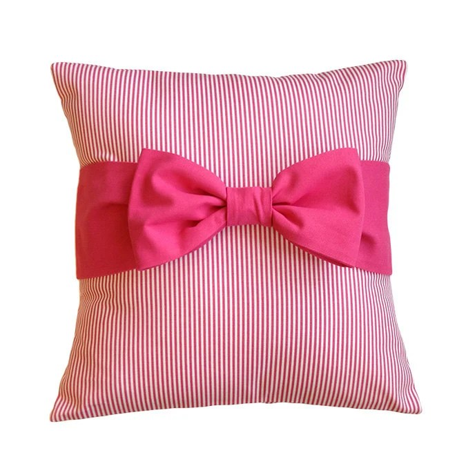 "Pink Pillow Cover with bow, 18"" x 18"" - iHeartPillows"