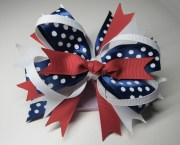 gorgeous layered hair bow. red