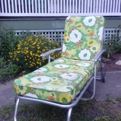 Metal Lounge Chair With Wheels Counter Height Parsons Hold Vintage Mid Century Aluminum Chaise By