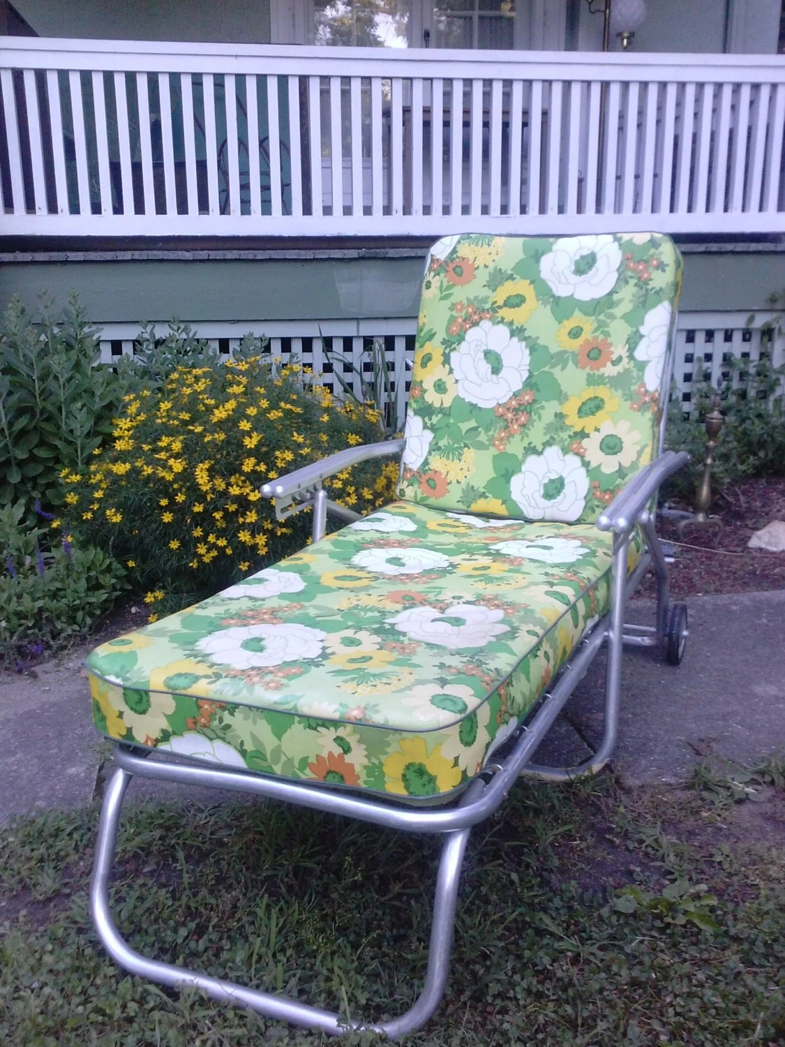 Aluminum Lawn Chairs Hold Vintage Mid Century Aluminum Chaise Lounge By