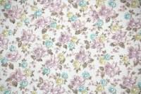1950s Vintage Wallpaper Floral Vintage Wallpaper with Purple