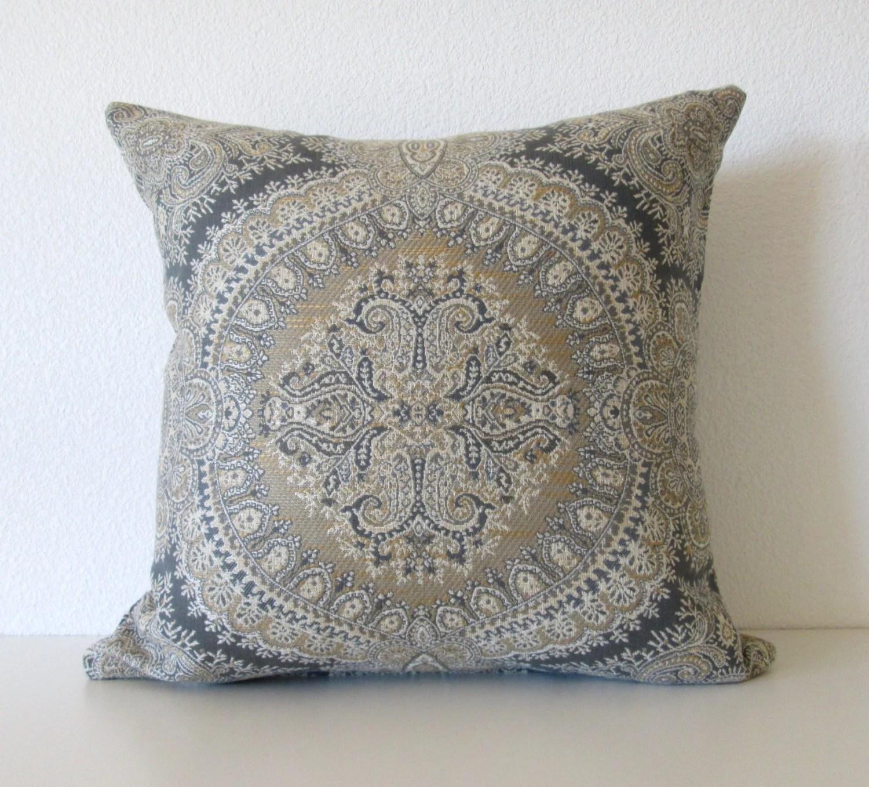 Decorative pillow cover 18x18 Dark Gray Medallion