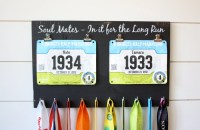Couple Running Race Bib and Medal Holder Soul Mates In it