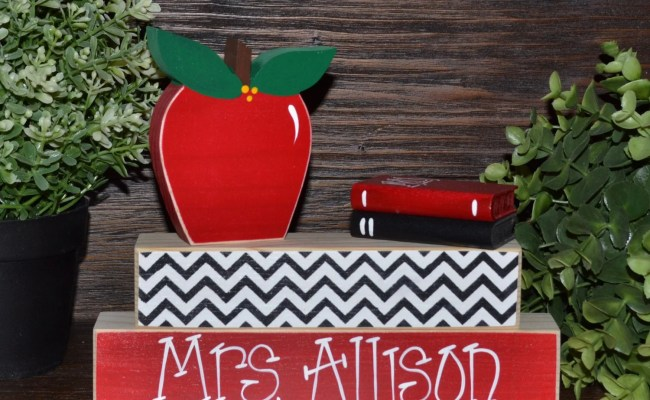 Unique Teacher Gift Personalized Teacher Name Plate Apple