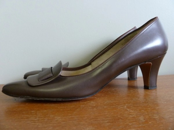 60s Brown Heels Toe Detail Naturalizer Shoes Corfam